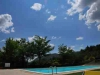 Uitzicht vanaf zwembad beneden